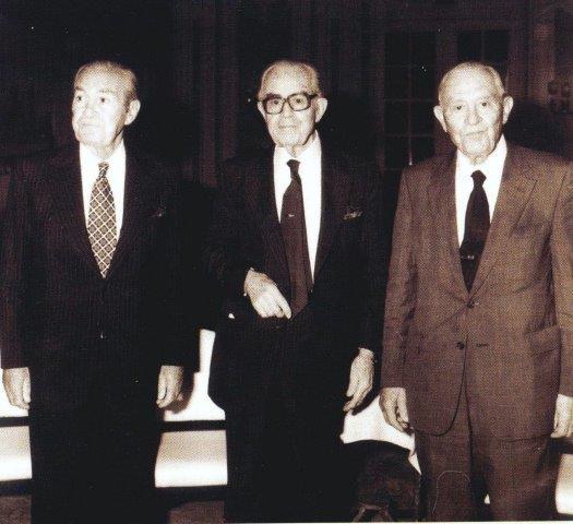 Ο Μιχάλης, Μανώλης και Νικόλας Η. Κουλουκουντής