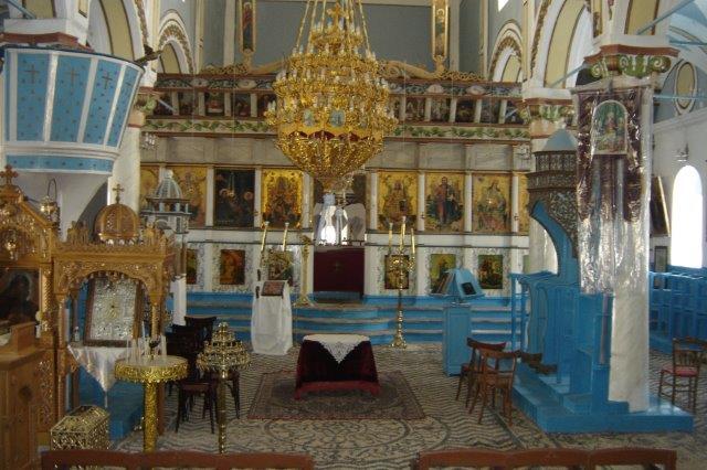 Το εσωτερικό του Ναού της Παναγίας του Εμπορειού. Φωτ. : Μ. Κ. Σκουλιός  Αύγ. 2007