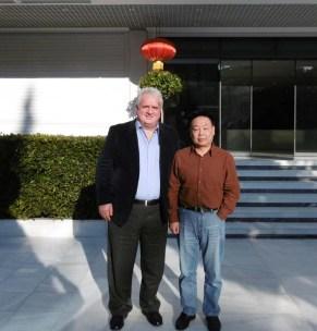 Ο κ. Γ. Τσαμπανάκης με τον Μορφ. Ακόλουθο της Λ.Δ. Κίνας κ. Zhang Zhan